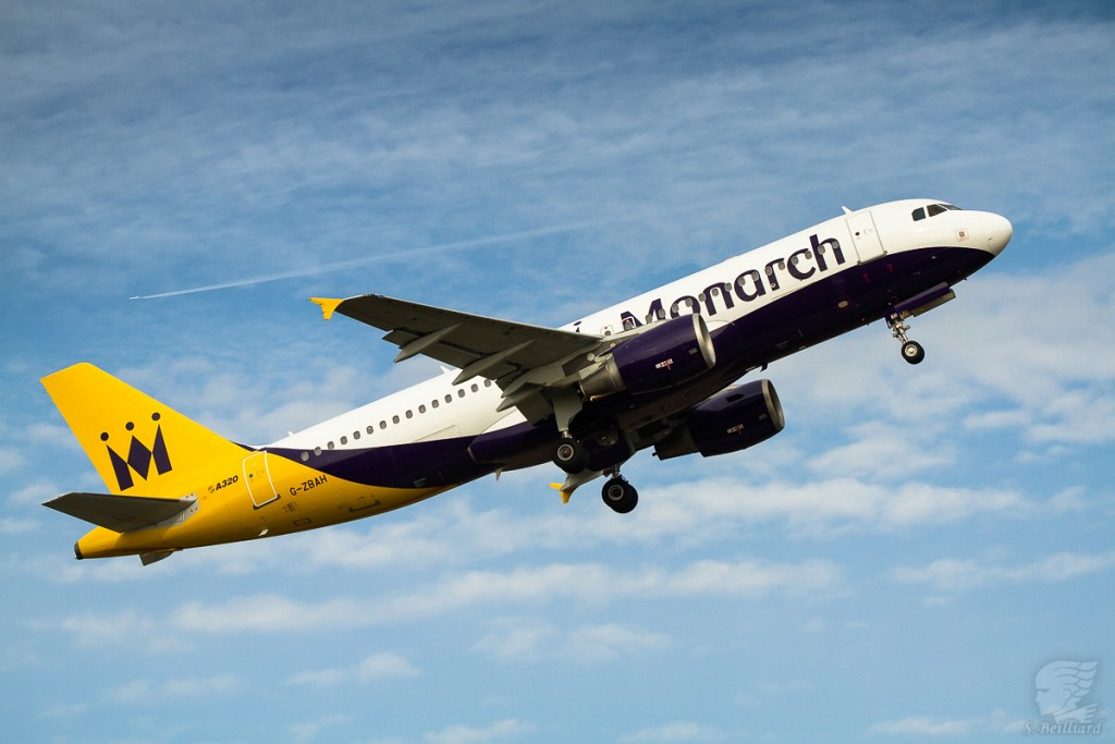 Airbus A320 Monarch TakeOff