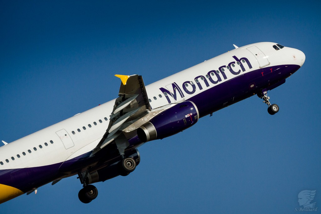 Airbus A321 Monarch