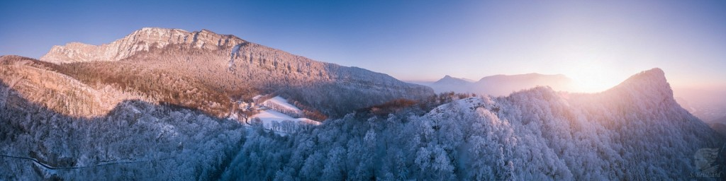 Chalais, winter pano